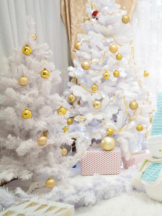 бело золотая елка